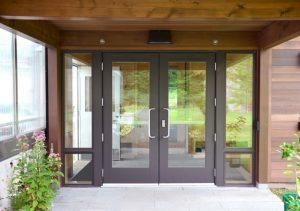 Manual Door